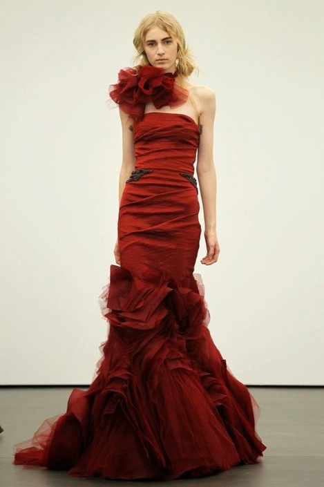 Wedding gown trends for 2013