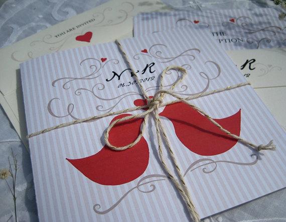 Love Birds Wedding Invitations: Love Birds Wedding Theme