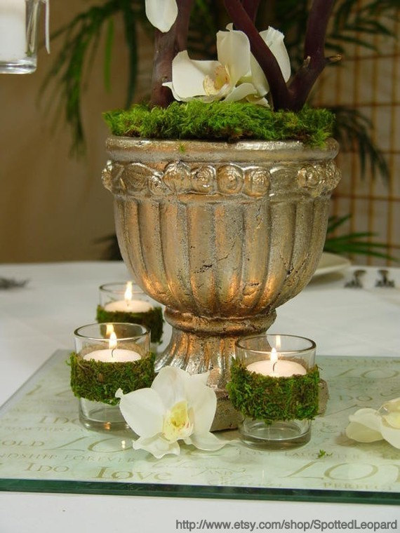 10 Ways To Decorate With Green Moss: {A Green Affair} Decorating With Moss